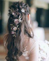 #Braut #Brautfrisuren #Lockige Frisuren Hochzeit #Dieses #A #habe