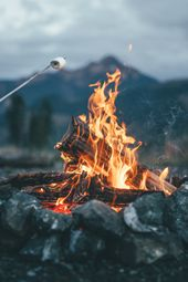 Campfire #camping #fire #cozy #marshmallow #autumn # vacker # natur #mountain