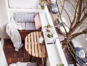 Our little mini-balcony: tips, set up, storage space