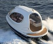 With the miniature luxury yacht, living the high life doesn't have to cost y…