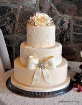Jäten Kuchen Hochzeitstorten Fotos auf WeddingWire – #on #Photos #Wedding Stories …   – Hochzeit