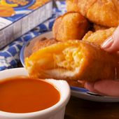 Es stellt sich heraus, dass Mac & Cheese am besten in einer Frühlingsrolle gebraten wird.   – Food