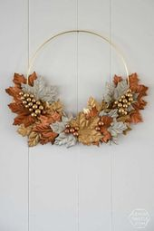 Bye, summer! Autumn wreaths make the summer end