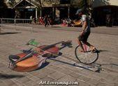 Excellent #violin in the #road_street_art #wallpaper. alliswall.com / …  – Straßenkunst