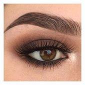 Buğulu Kahve Göz Makyajı Önerisi
