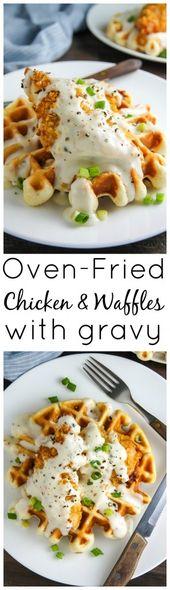 Ofen-Fried Chicken mit Waffeln und weißer Soße