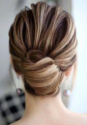 Trend Frisuren 2019 - Easy Hair Bun - EveSteps #weddinghairupdos