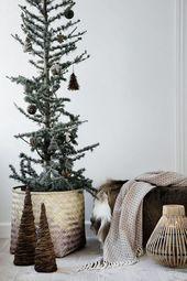 14 wunderschöne skandinavische Wohnzimmer zu Weihnachten gekleidet