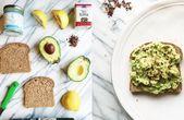11 Avocado Toasts zum Frühstück heute Morgen essen