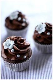 25 Inpressive kleine Hochzeit Cupcakes mit großen…