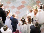 Die Kommunion wird kurz nach Ostern gefeiert. Eine großartige Veranstaltung   – Kommunion