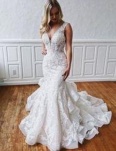 Gorgeous White Mermaid Wedding Dresses V Neck with Appliques