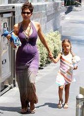 halle berry embarazada 2013   – Boho Mama ♥