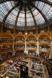 France – Paris – Galeries Lafayette Inside