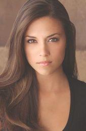Jana Rae Kramer ist eine US-amerikanische Schauspielerin und Country-Sängerin. Sie ist am besten …