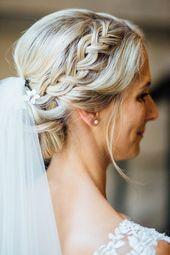 Coiffure de mariée, chignon, tresse, cheveux blonds, voile, style de mariée, nord de l'État …   – blonds have more . . . F U N