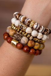 Neutral bracelet stack – give every outfit a touch of nature with …