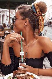 15 Kreative Brötchen-Frisuren, die zu Ihrer Stimmung passen #BrötchenFrisuren #bunhairstyle…