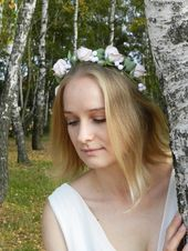 Bride hair wreath with pink roses. Cream flower crown for bridesmaids hair.