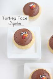 Einfach zuzubereiten, entzückende Truthahngesichts-Cupcakes, die perfekt zu Thanksgiving passen!