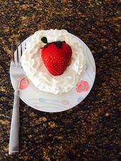 Wenn Sie keine Zeit haben, einen großen Kuchen zu backen, backen Sie einen kleinen Kuchen. Dinge, die Sie werden …