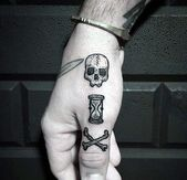 50 Traditional Hourglass Tattoo Designs For Men – Passage Of Time