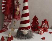 Photo of Skandinavische Weihnachtsdekoration Weiße Weihnachtszwerge Handgemachte Weihnachtshirsche Nordic Christmas
