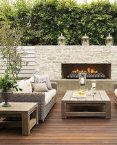 La moderna chimenea del patio garantiza horas agradables en la terraza privada.   – Exterieur – Außenbereich – Outdoor Ideen