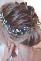 50 Chic and Stylish Wedding Hairstyles for Short Hair #hair #hairstyles #weddinghairstyles