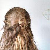 Damenfrisuren für langes Haar | Einfache ausgefallene Frisuren Frisuren schneiden für langes Haar 2015 20191022 - 22. Oktober 2019 um 16:33 Uhr