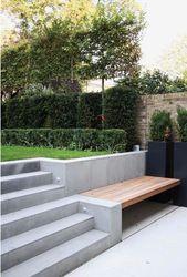 idee einbaubank mit terrassentreppe. Stauraum unten wenn möglich