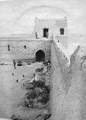 31 العراق جانب من حصن الشعيبه في البصرة بعد احتلاله من قبل القوات البريطانية في ١٩١٤ تويتر Historical Pictures Iraq Pictures