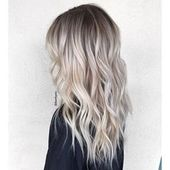 Aschblond-Balayage: The hair trend on Pinterest