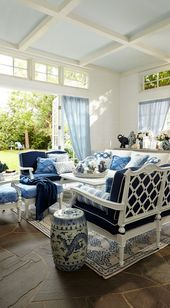 Blue and white in the outdoors….oh yes! – The Enchanted Home