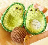 Avocado kawaii – I am pregnant ,Avocado Crochet decoration,lover felt gifts, couples, avocado handmade, gift idea, Valentine's Day