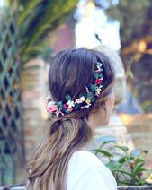 Handgefertigte und maßgeschneiderte Kopfbedeckungen für jede unserer Bräute …  #Bräute #für…