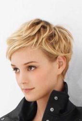 23 Pixie Cuts für Frauen mit lockigem Haar