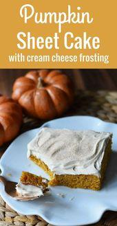 Kürbis-Blatt-Kuchen mit dem Frischkäse-Bereifen. Ein Kürbisgewürzkuchen mit Sahne …   – Easy Baking Recipes