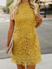 Klänning; Vit klänning; Kort kjol; Slitage; Match; Outfit; Ärmlös klänning; Strap Dress …