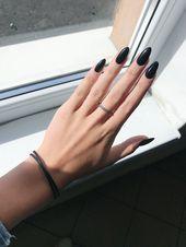 Nails 2018 black