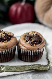Brownie-Bottom Hazelnut Praline Cupcakes – Baran Bakery