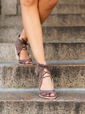 Serena Wedge – Shoes