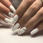 Nails in white gel: A range of ideas to adopt a very chic winter nail art