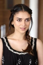 Pin On Indian Actress Celebrity S