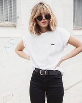 15 Outfits fresitas con una simple playera blanca