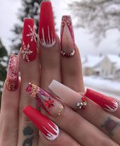 60+ Christmas Light Snowflake Coffin Nails – Nägel & Haare! #Nageldesig …   – Nageldesign ideen