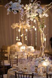 15+ Simple & Unique Wedding Centerpieces