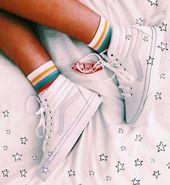 White Old Skool Vans High l Zurück zur Schule l Teen #CasualShoes #StreetStyle …