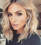 Blonde Haarfarbe Ideen für schulterlanges Frisure…