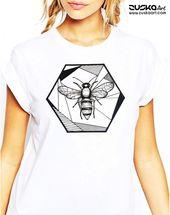 Wabenbiene | Unisex T-Shirt | Geometrische Kunst | Rette die Bienen | Tinte Tätowierungsart | ZuskaArt – Women Shirts